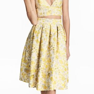 Jacquard-weave skirt by H&M